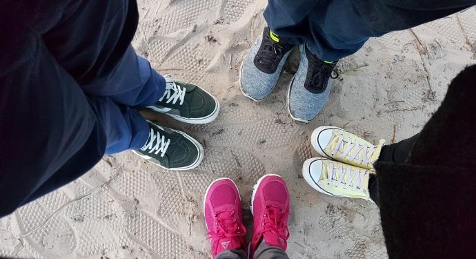 shoes-2586313_1280